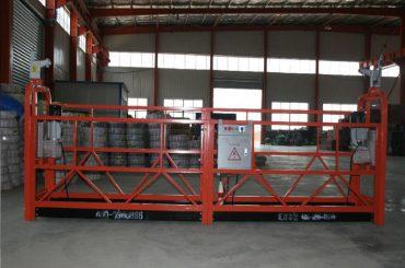 Pracovní plošina s nastavitelnou pracovní plošinou se zdvižným vozíkem
